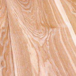 Из какой полосы лучше использовать дуб в напольных покрытиях?